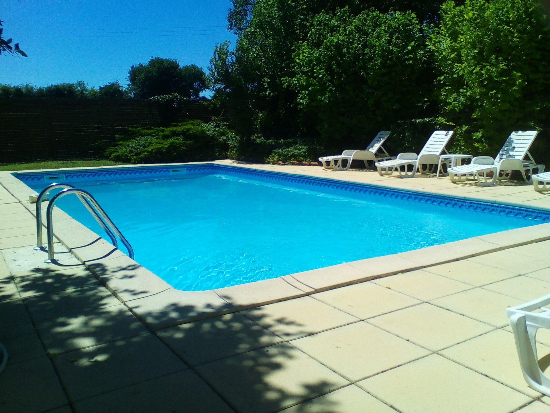 heated swimming pool la grange du moulin child friendly gites