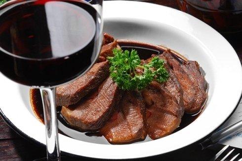 Presso la Locanda Campocroce potrete scoprire un invitante e irresistibile scelta culinaria.