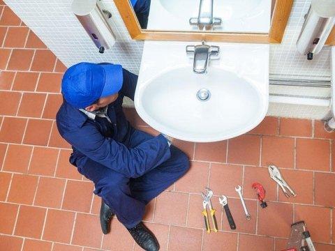 riparazione tubazioni idrauliche