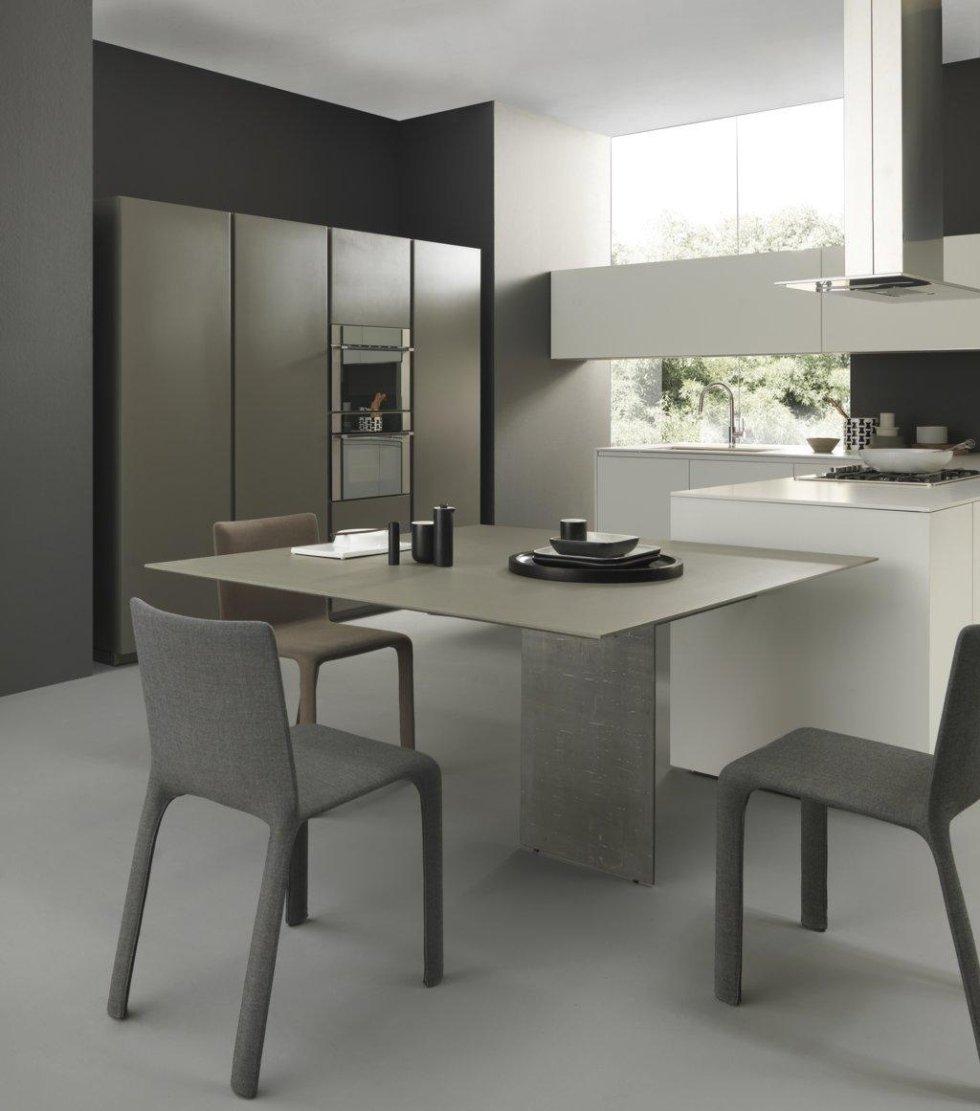 cucina e soggiorno unico ambiente con arredamento