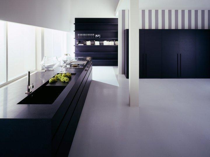 cucina moderna con ben arredato