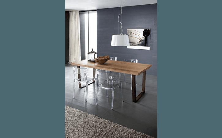 tavolo stretto