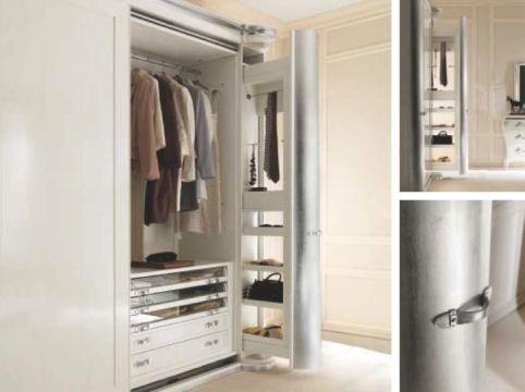 armadio colore bianco