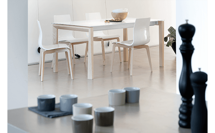 tavolo moderno