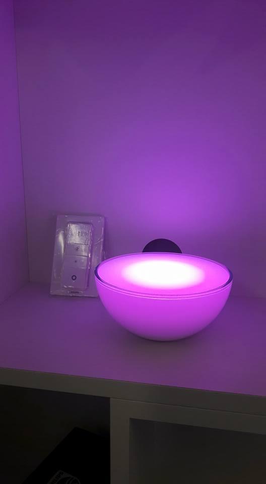 lampada viola