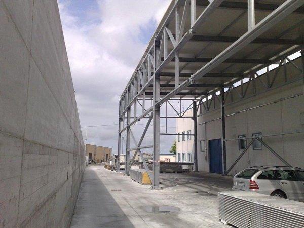 Strutture per capannoni industriali