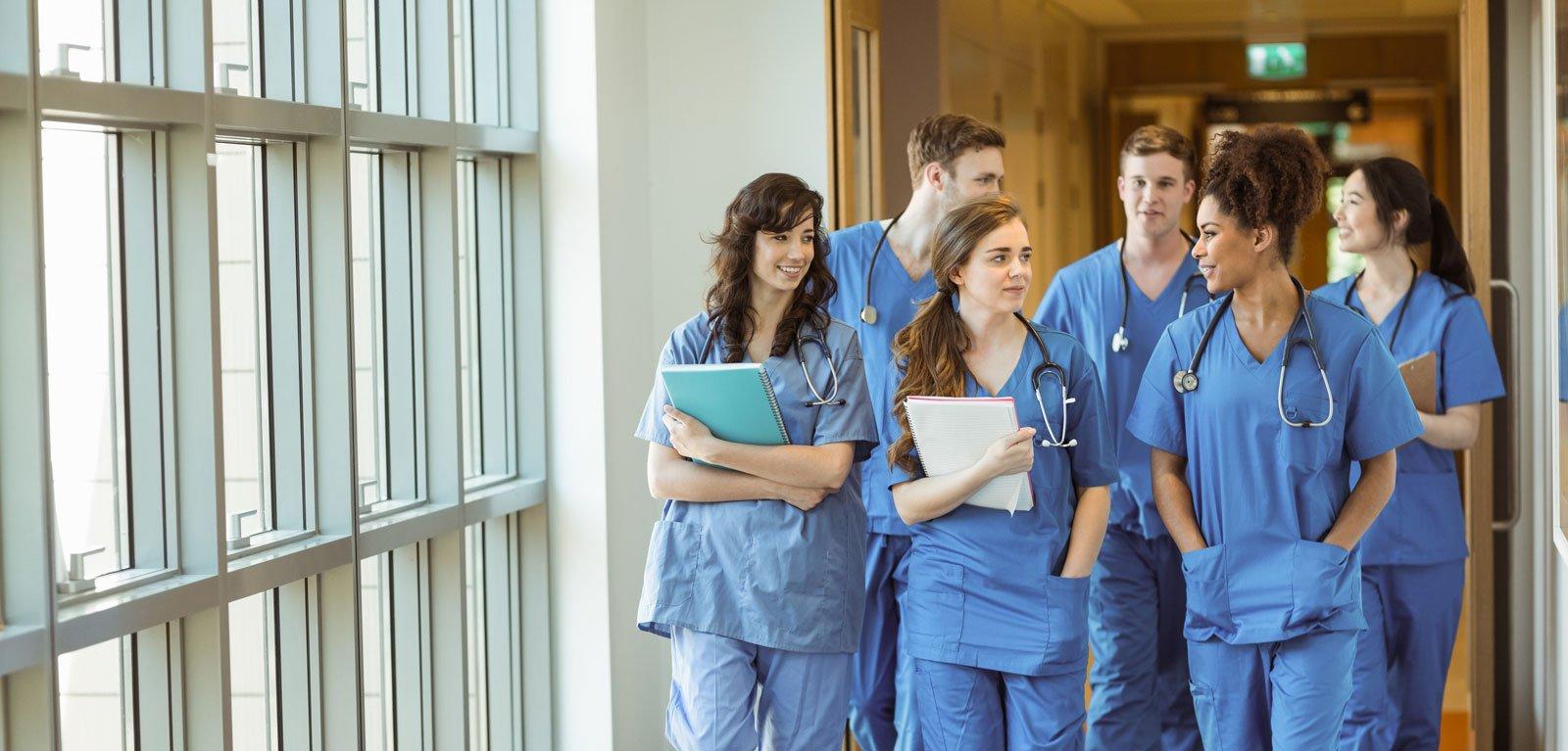 gruppo di dottori specializzandi