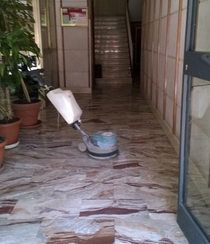 Lavaggio pavimenti