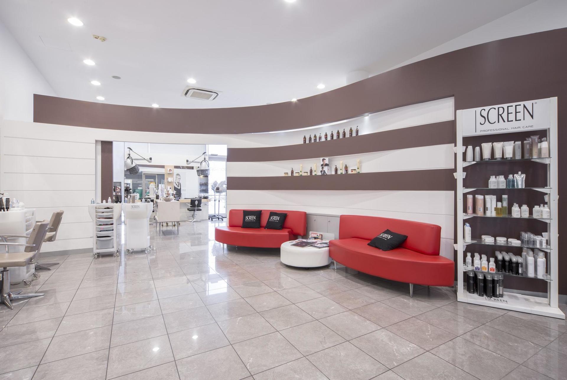 ingresso del salone di parrucchieri