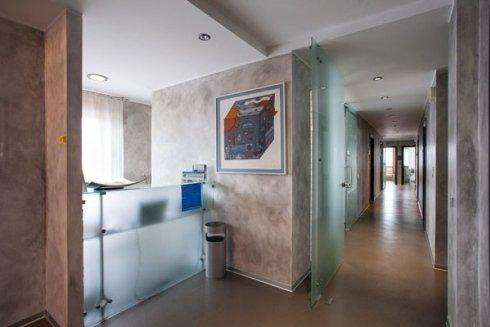 La sede dello Studio Dentistico Buzzatti si articola in tanti ambienti ed aule.