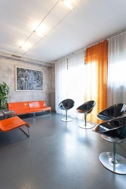 In attesa della vostra visita, lo Studio Dentistico Buzzatti vi accoglie in un ambiente discreto, comodo e sicuro.