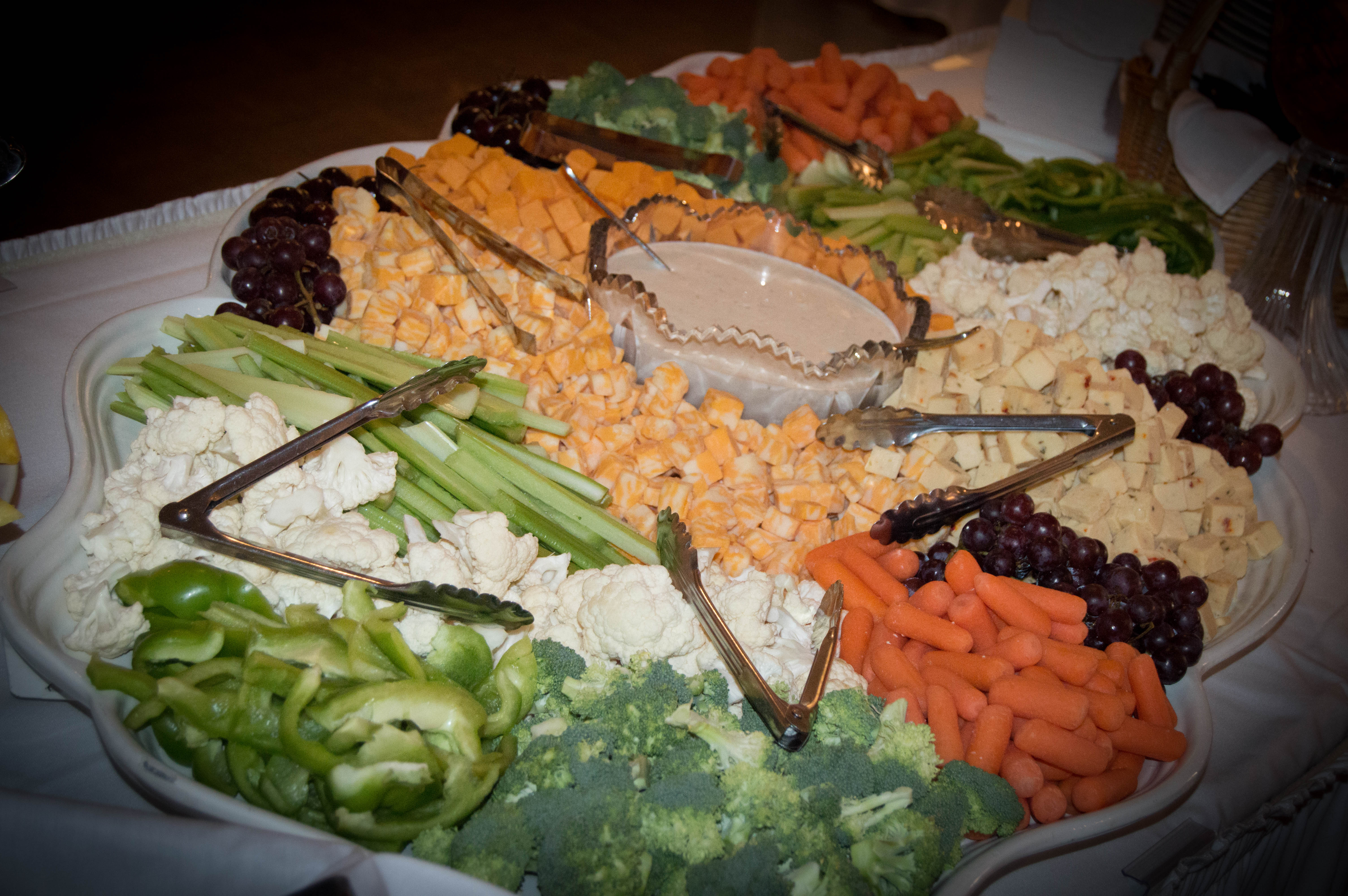cheese and veggie tray