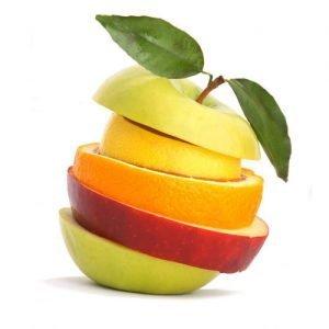 frutta tagliata e impilata