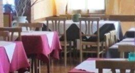 Comodità, posti a sedere, tavoli, sedie, qualità, servizio, ristorante