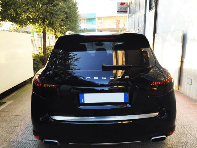 Oscuramento dei vetri auto