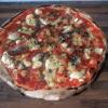 pizza mozzarella di bufala e basilico