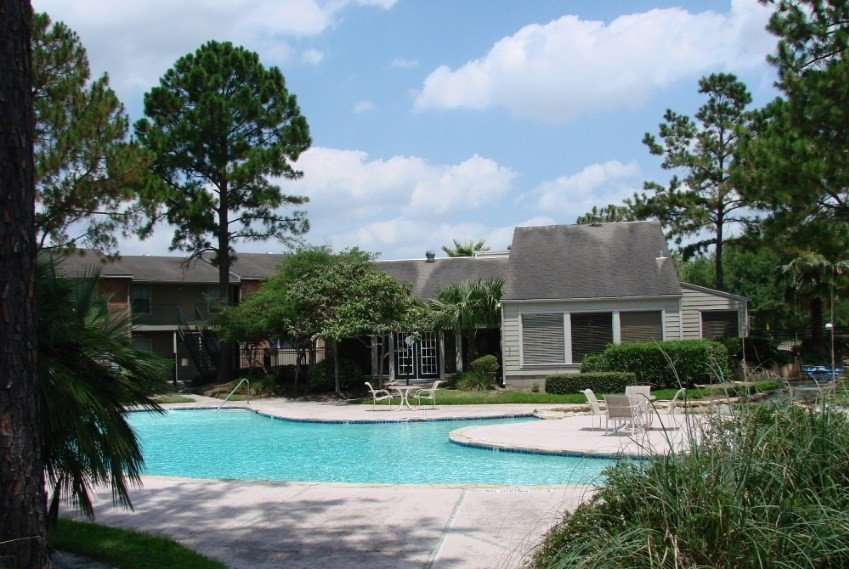 Salado at Cityview Apartment Complex Pool in Houston