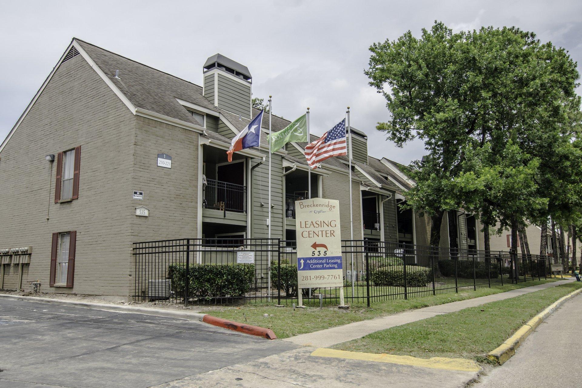 Breckenridge at Cityview Apartment Complex