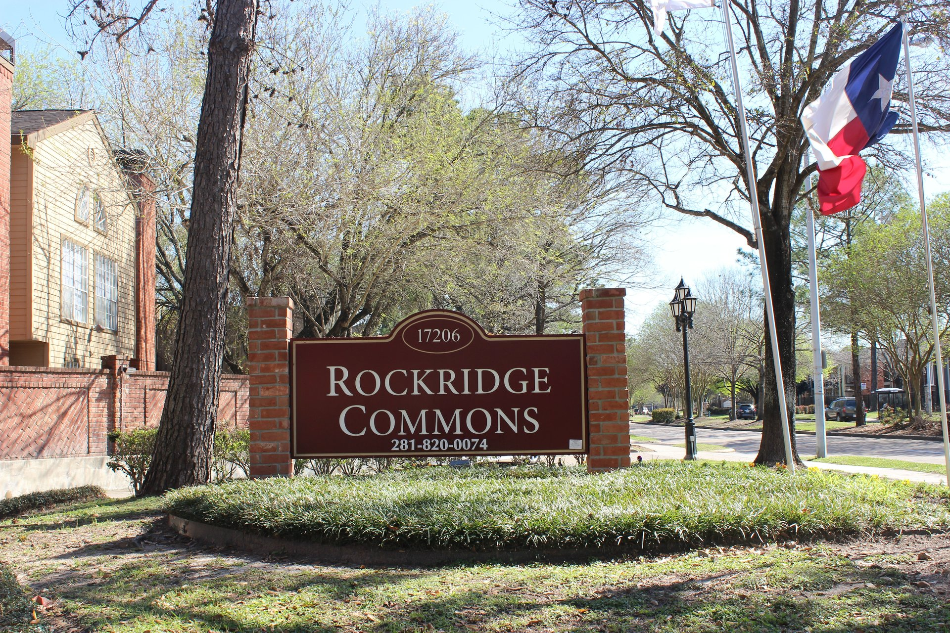 Rockridge Commons Houston Texas Apartment Complex