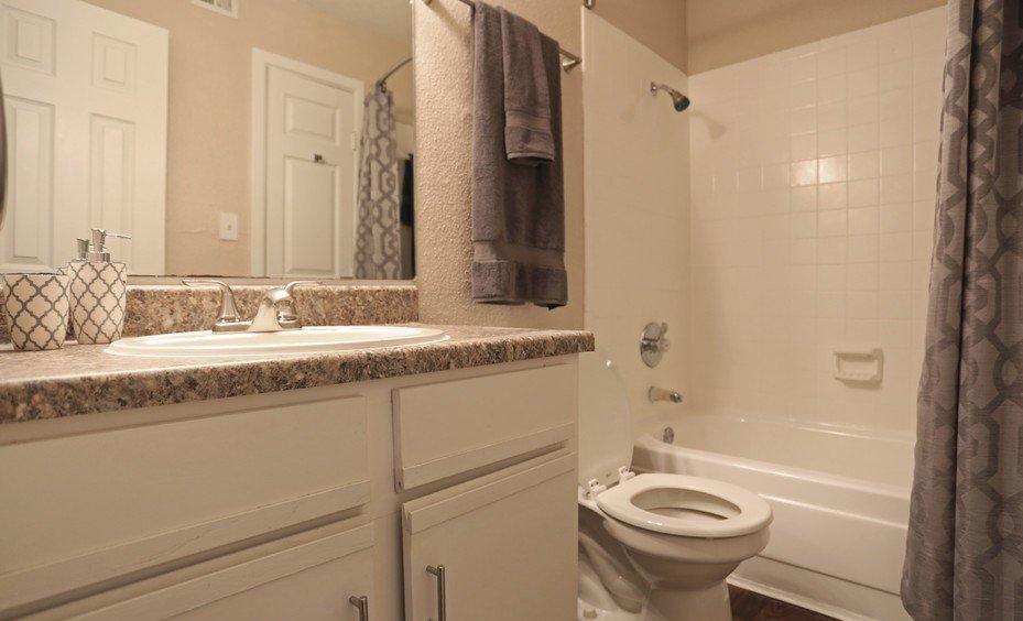 Amherst at Cityview Bathroom