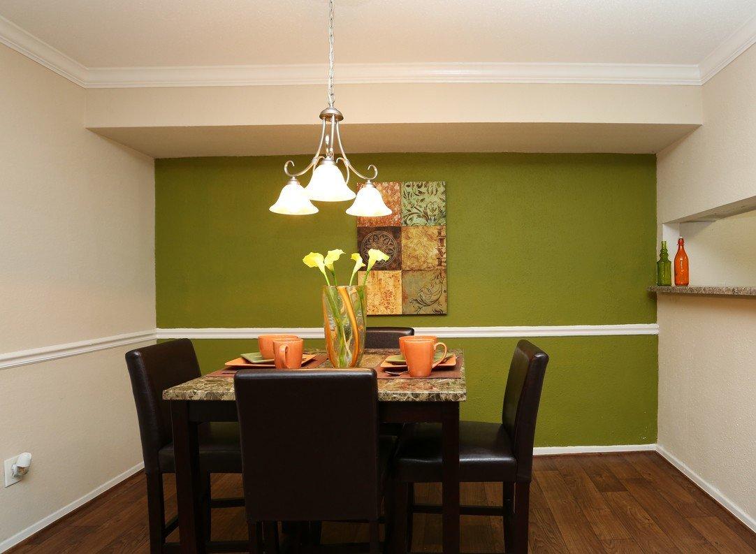 Augusta at Cityview Dinning Room