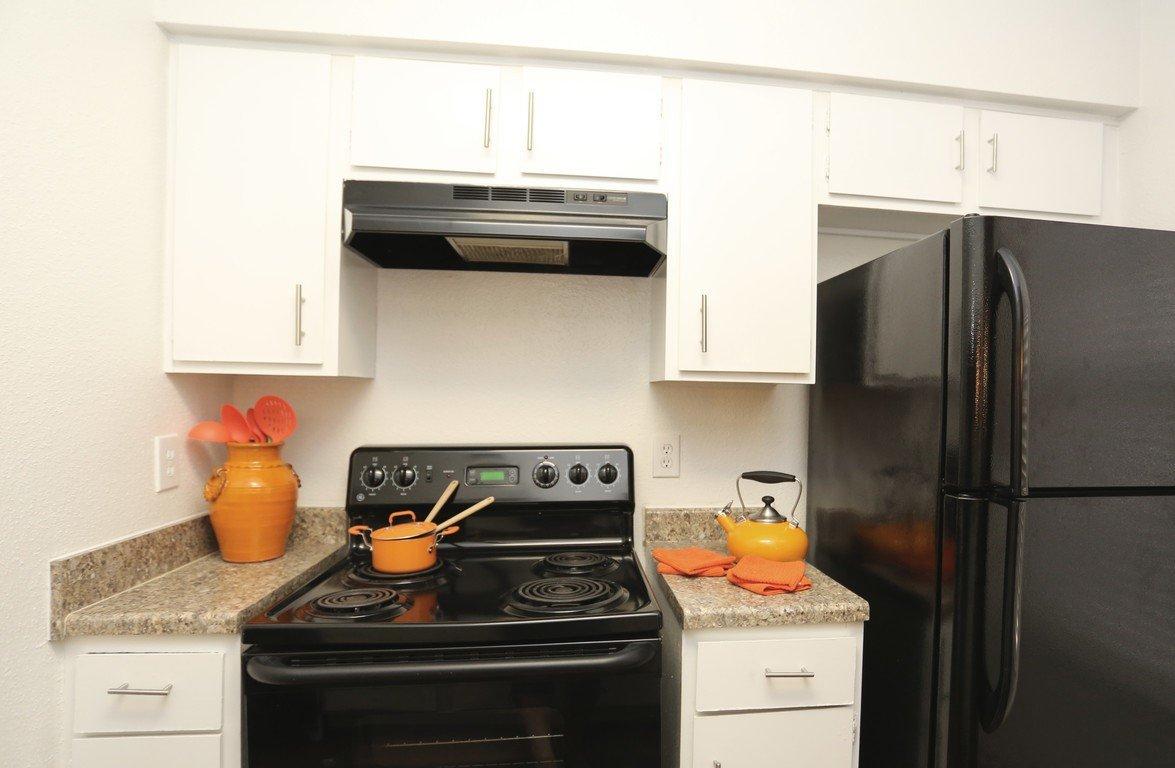 Augusta at Cityview Full Kitchen