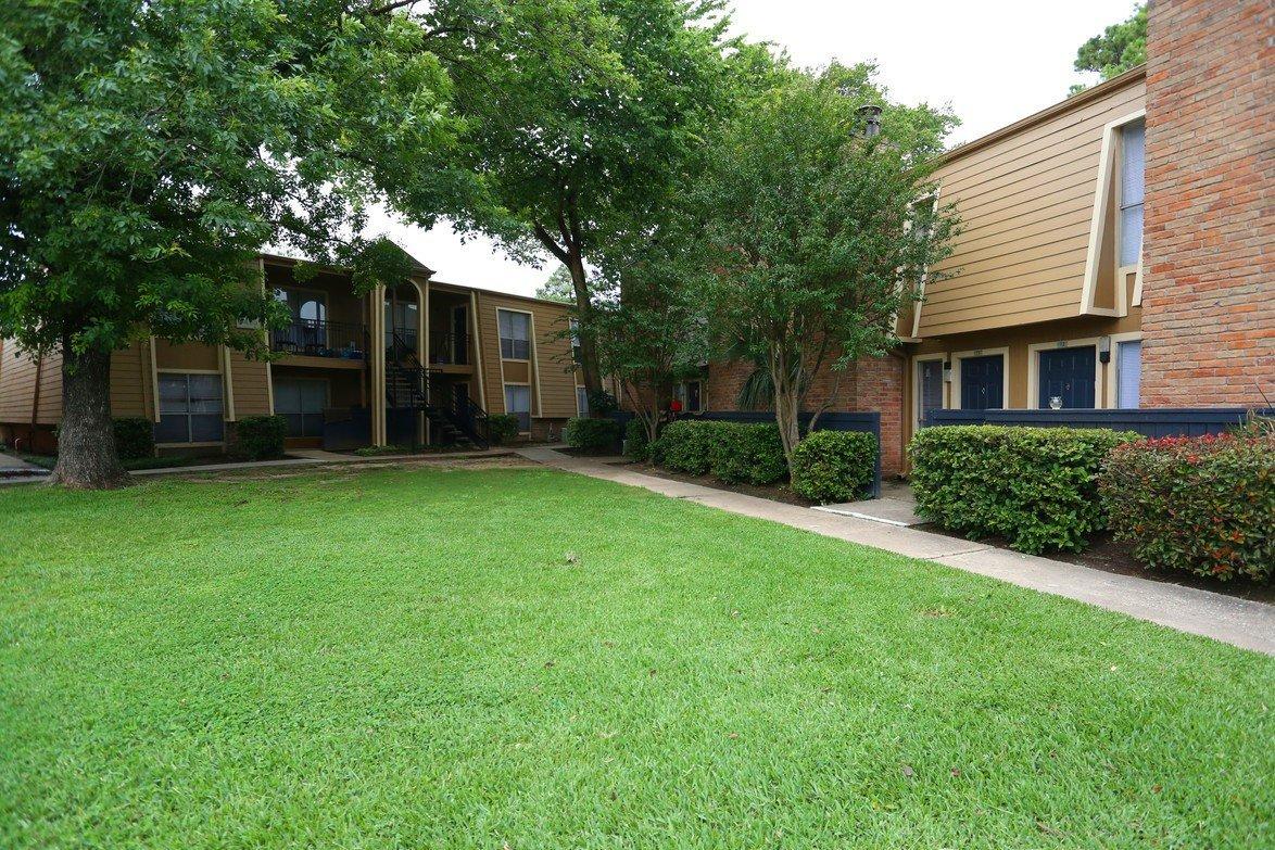 Biscayne Apartments Houston Tx