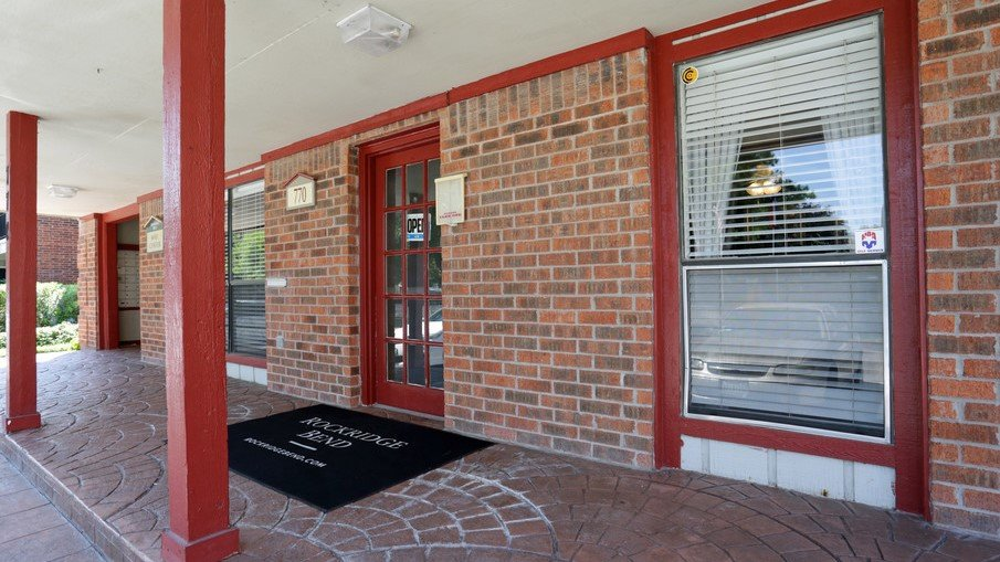 Houston Texas Apartment Rockridge Leasing Office