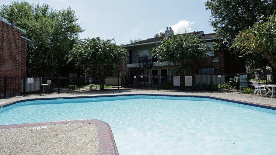 Houston Texas Rockridge Bend Pool