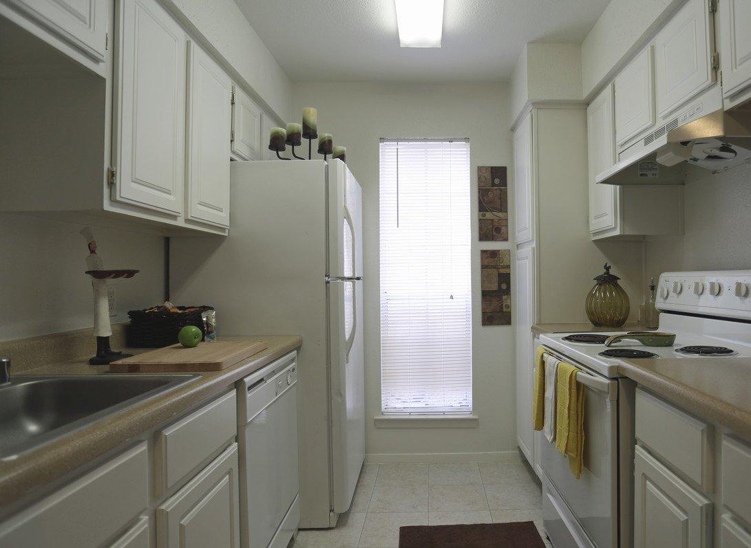 Rockridge Park Full Kitchen