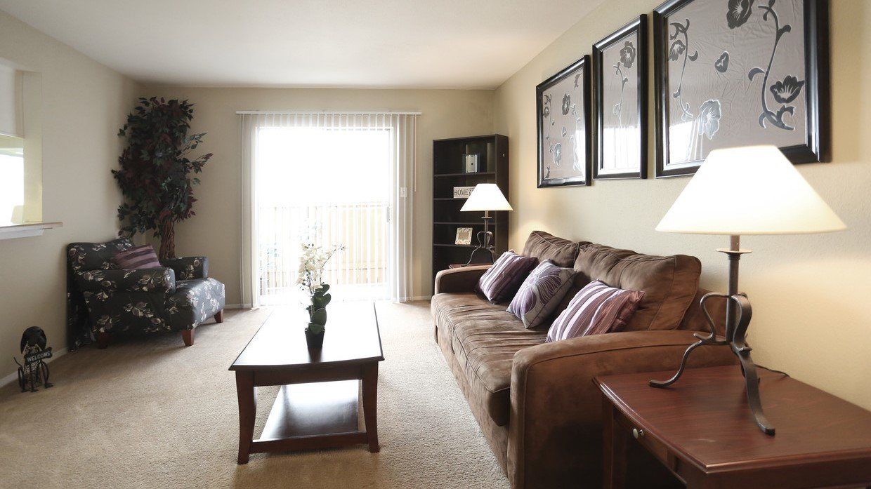 Rockridge Park Living Room
