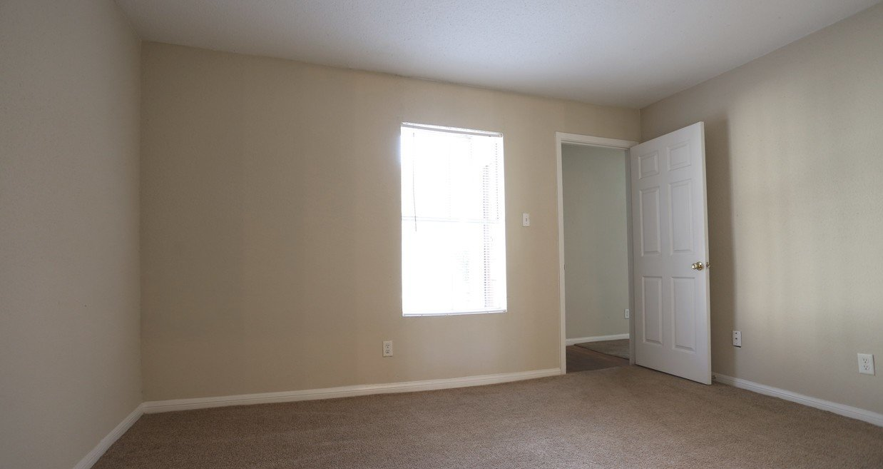 Houston Apartment Complex Rockridge Springs Unfurnished Bedroom