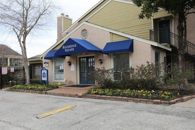 Rockridge Square Leasing Office Houston Texas