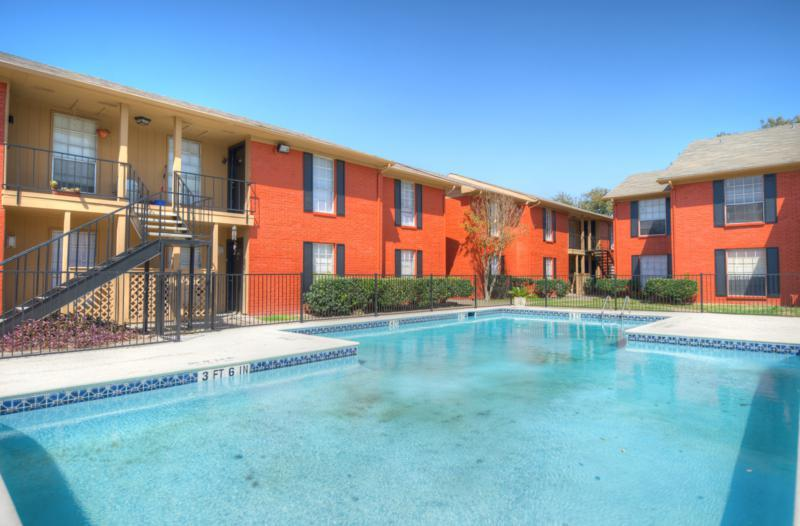 Houston Texas Stoneriver Apartment Swimming Pool
