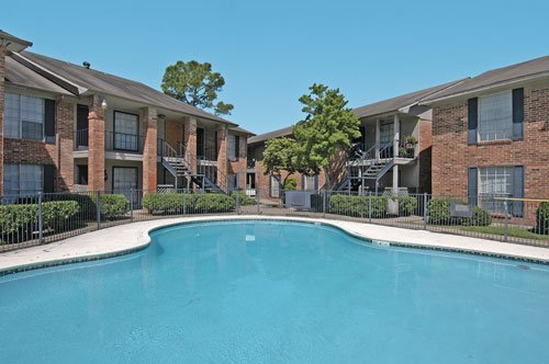Stoneriver Apartment Complex Pool