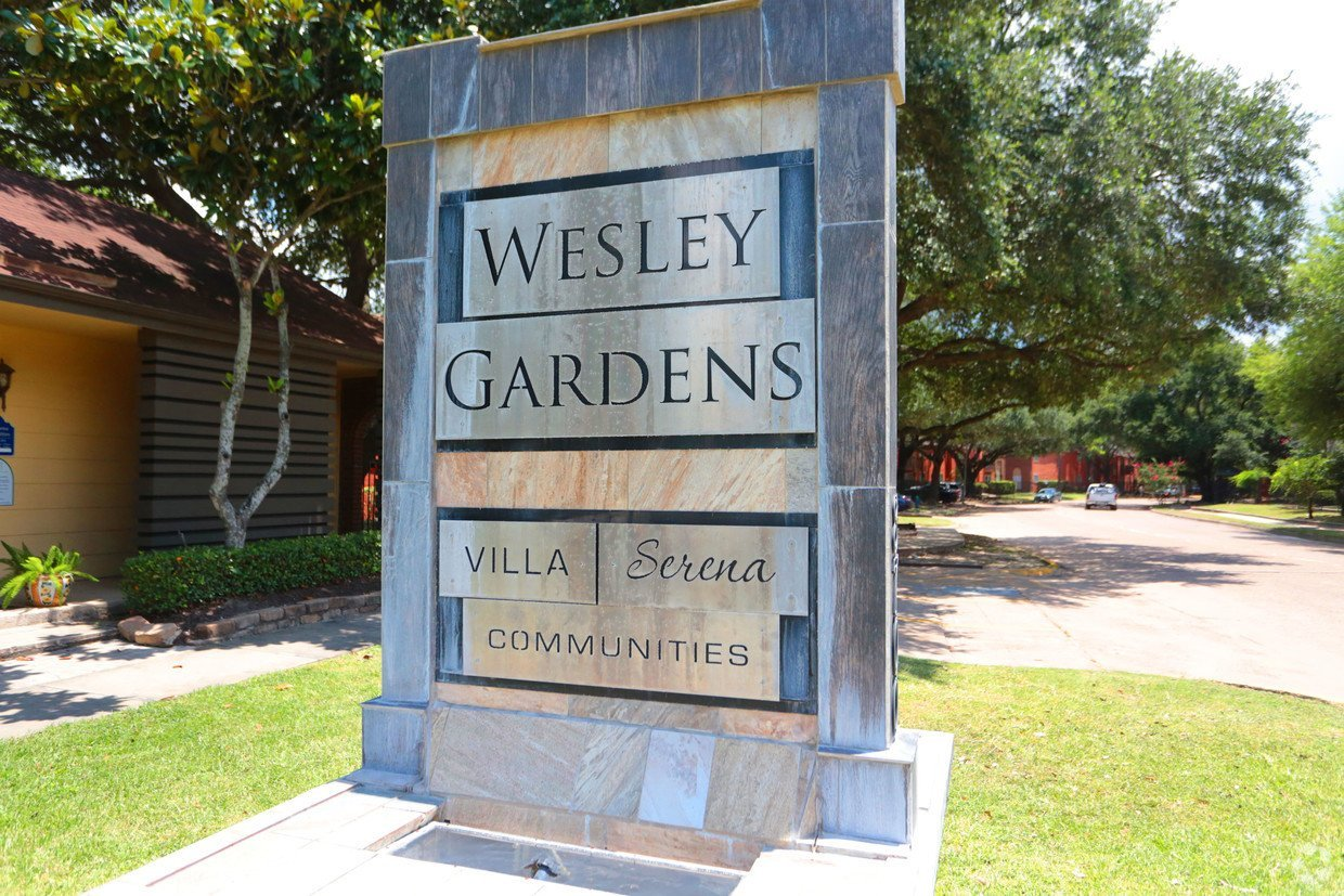 Wesley Gardens Main Sign - Houston Apartment Complex