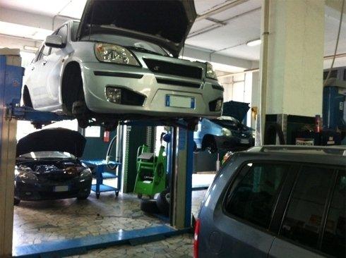 revisioni periodiche di autoveicoli