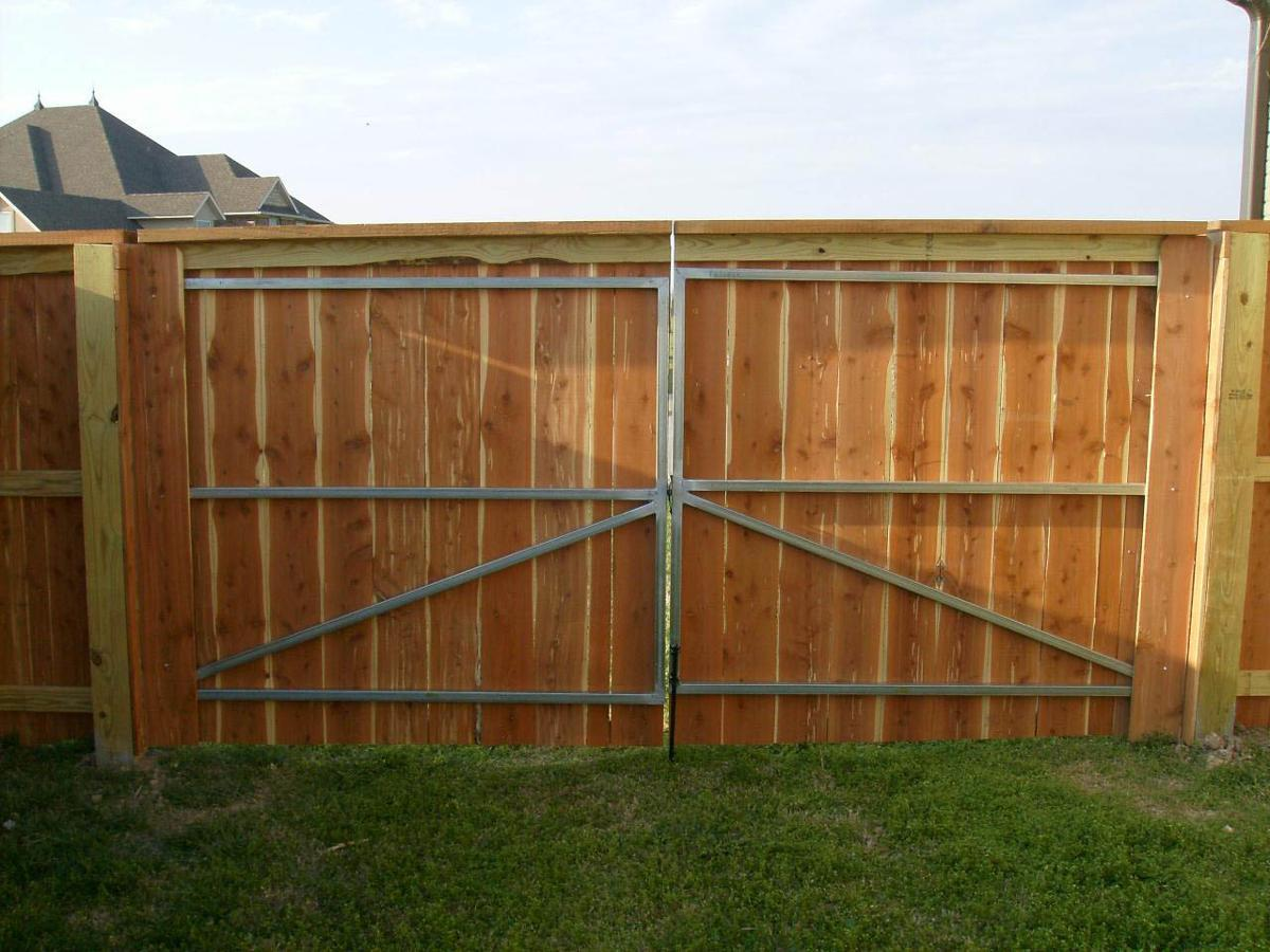 Privacy Fence Customized Fencing Solutions Gate Designs
