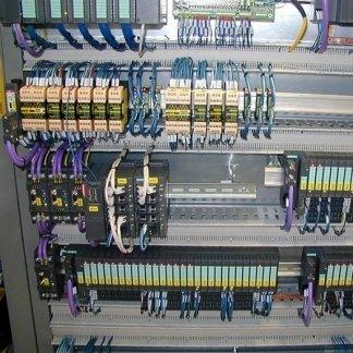 quadro elettrico , quadro elettrico settore industriale , quadro elettrico per automazione riempitrice