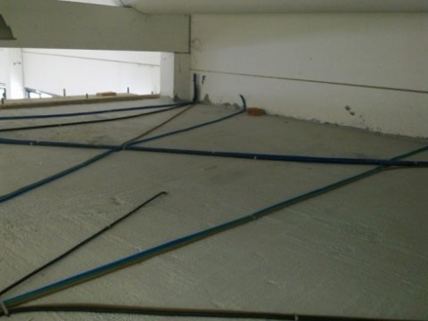 posa tubo soppalco pavimento per uffici , posa tubo , posa tubo per uffici
