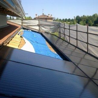 Impianto fotovoltaico per abitazione civile , impianto fotovoltaico , impianto fotovoltaico settore civile