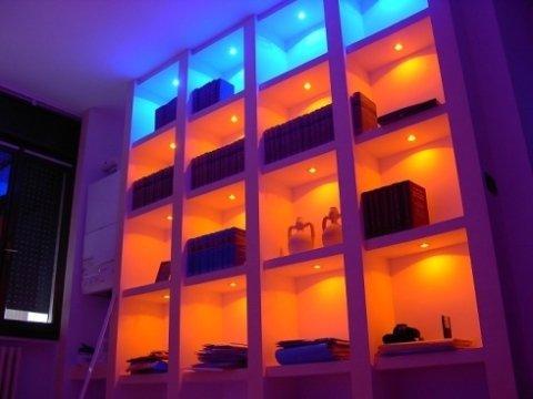 Impianto d'illuminazione a led in ufficio, impianto d'illuminazione settore terziario , impianto d'illuminazione a led , impianto d'illuminazione a risparmio energetico