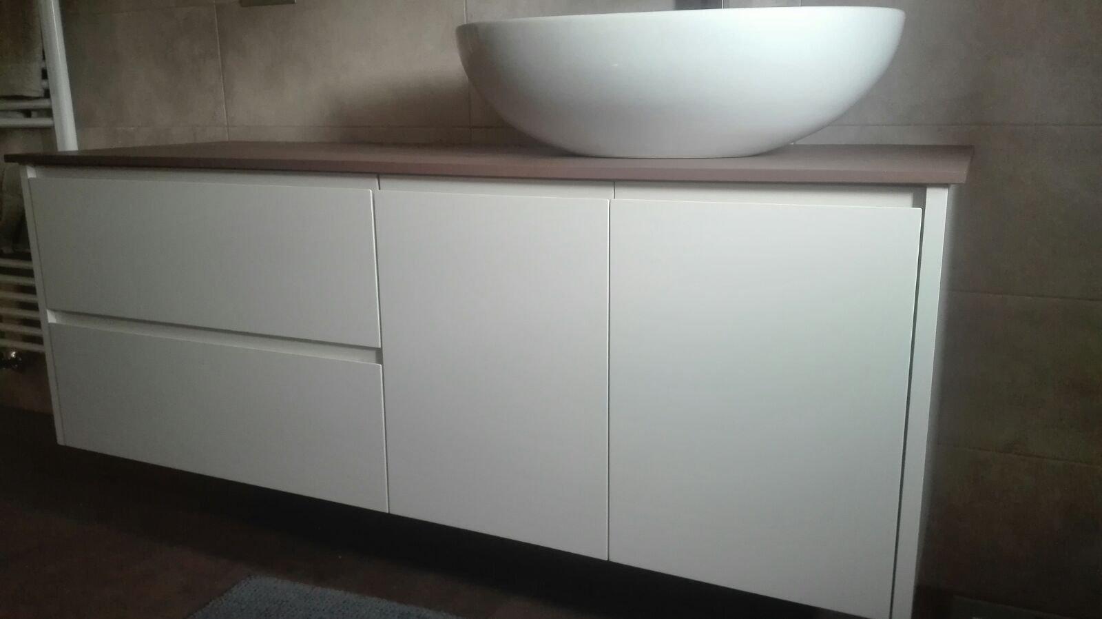 Arredo bagno in legno su misura genova falegnameria for Arredo bagno genova via gramsci