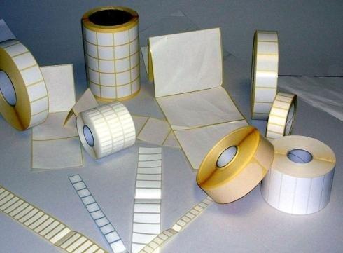 Etichette di svariati formati e dimensioni