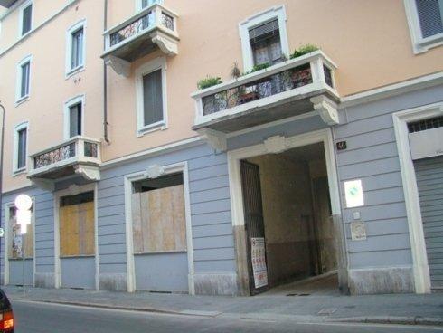 Milano Rifacimento facciata condominio