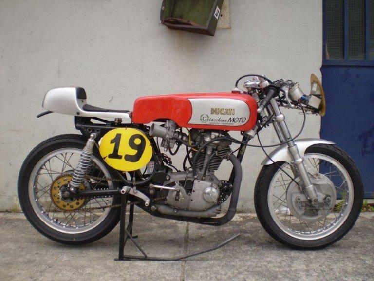 Riparazione motoveicoli