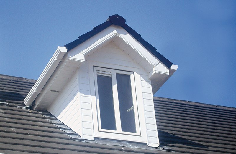 cladding and gutter installation