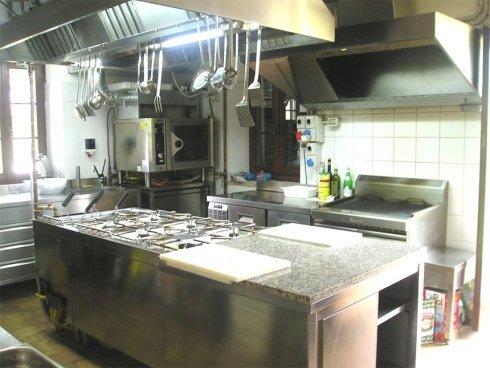 attrezzature da cucina, attrezzature di acciaio inox per l'industria alimentare, banchi frigoriferi