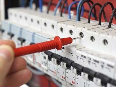 servizi per impianti elettrici industriali