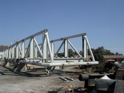 commercio pezzi strutture ferro